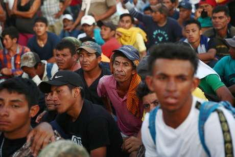 Imigrantes se dirigem da Guatemala ao México  22/10/2018    REUTERS/Edgard Garrido
