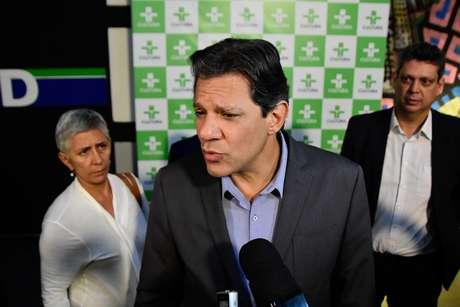 Candidato à presidência da República, Fernando Haddad participou do programa Roda Viva, na TV Cultura em São Paulo (SP), nesta segunda-feira (22)
