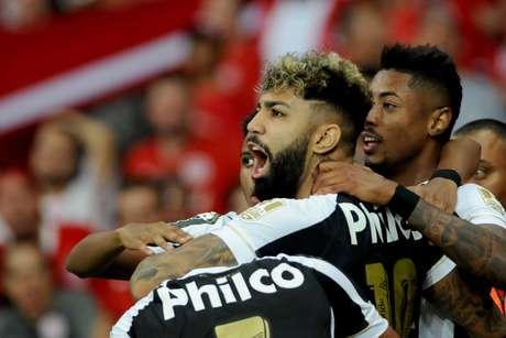 Gabriel marcou contra o Internacional