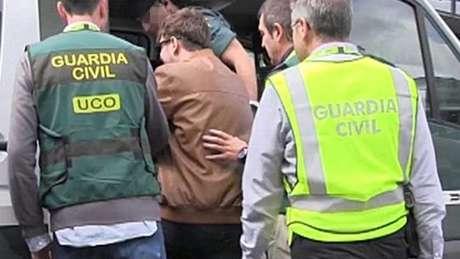 O Ministério Público espanhol pede as penas de 20 anos de prisão para cada um dos assassinatos dos tios e prisão permanente revisável para os homicídios das duas crianças.