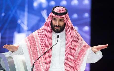 Príncipe herdeiro saudita Mohammed bin Salman discursa durante fórum de investimentos em Riad 24/10/2018 Bandar Algaloud/Cortesia da Corte Real Saudita/ Divulgação via REUTERS