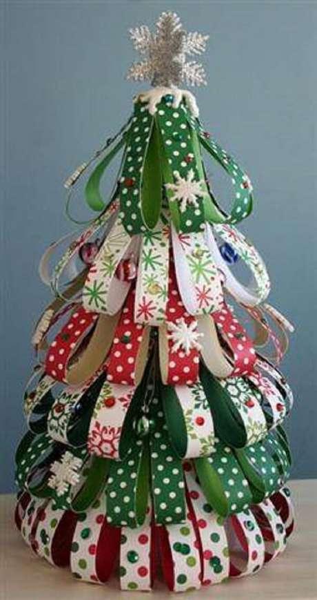 36- Árvore de Natal Artesanal para decorar sua casa