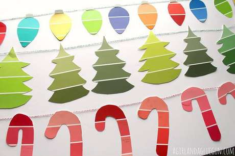 49- Enfeites para pendurar nos seus ambientes feito com artesanato de Natal