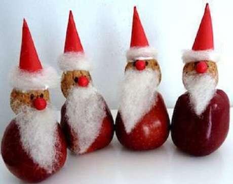 16- As frutas na mesa de natal podem servir como decoração ou lembrancinha para convidados