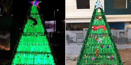 24. Árvore de garrafa PET à noite e de dia. Foto de NDTV