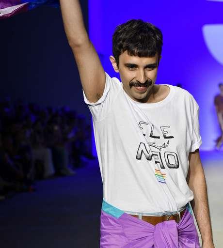Celio Dias, da Led, com camiseta EleNão (Foto: Agência Fotosite/Divulgação)