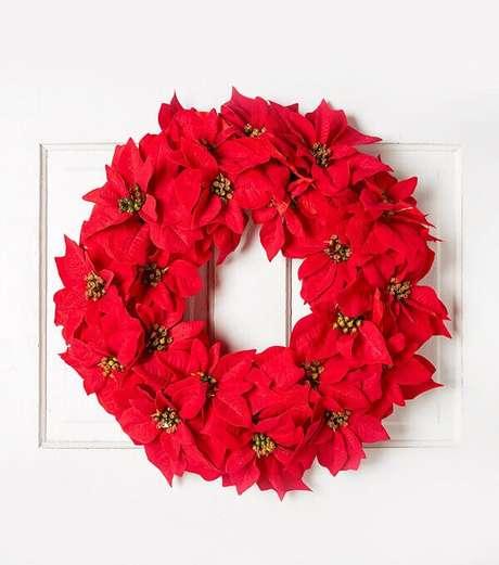 11- A flor de natal feita de feltro pode ser usada em guirlandas. Fonte: Studio lab Decor