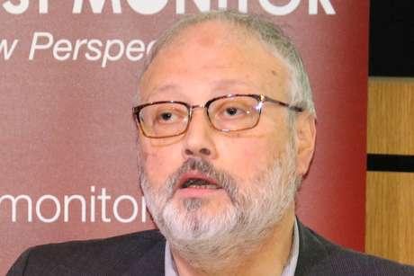Jornalista Jamal Khashoggi discursa durante evento em Londres 29/09/2018 Middle East Monitor/Divulgação via REUTERS
