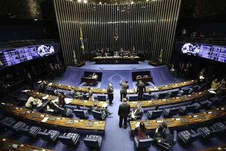 Congresso amplia gasto do governo para 2019