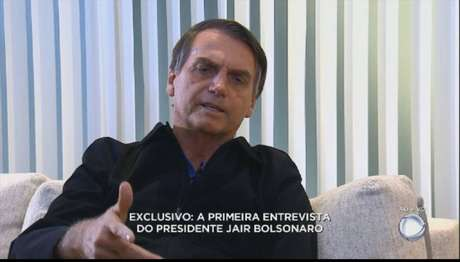 O presidente eleito, Jair Bolsonaro, durante entrevista a TV Record