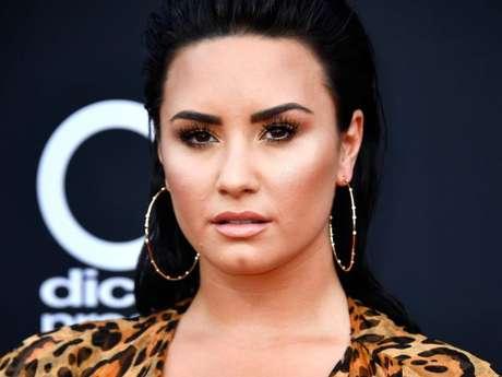Demi Lovato é vista pela primeira vez após deixar clínica de reabilitação
