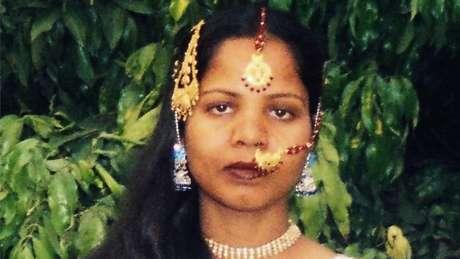 Caso controverso em que Asia Bibi foi acusada de blasfêmia teve início em 2009