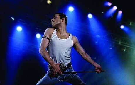 Rami Malek é Freddie Mercury em Bohemian Rapsody