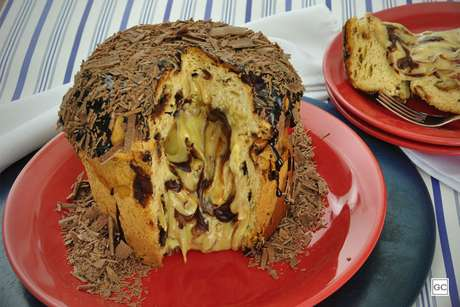 Chocotone trufado mesclado