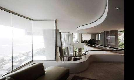 38. Mezanino com um espaço elegante e ambiente sofisticado