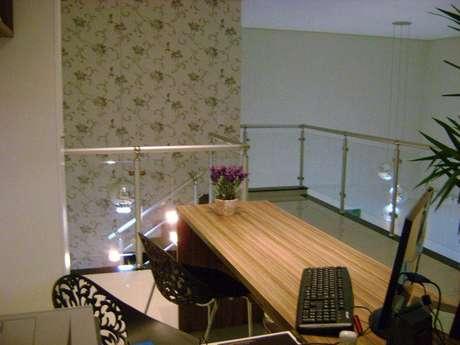 11. Você pode colocar um home office no mezanino