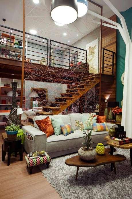 44. Mezanino com um design super moderno e descolado perfeito para um loft