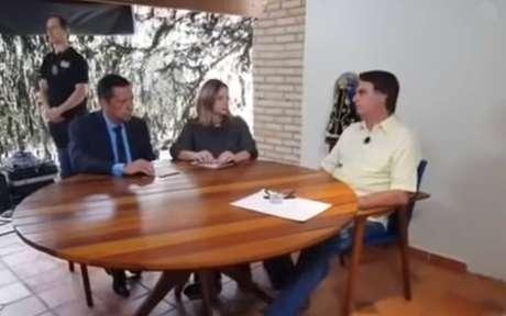 Bolsonaro deu entrevista à Rede Vida.