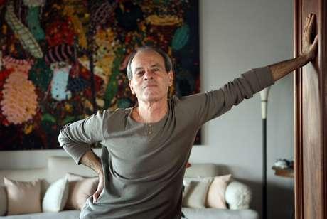Ney Matogrosso em sua residência no Leblon, zona sul do Rio.