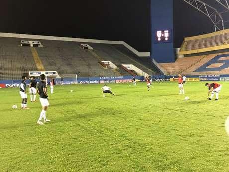 Apenas 793 pessoas estiveram presentes na Arena Barueri (Foto: Divulgação/Figueirense)