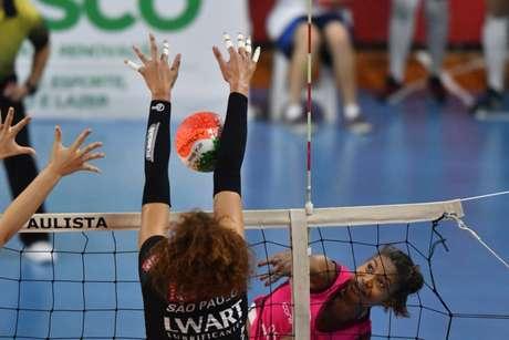 Equipes fizeram jogo espetacular em Osasco (Foto: João Pires/Fotojump)