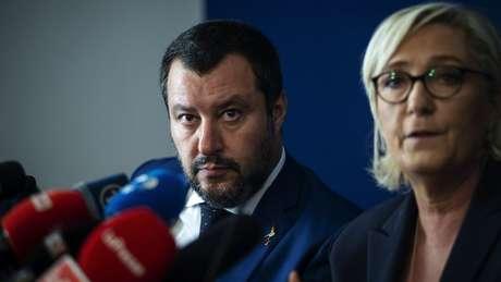Matteo Salvini, ministro do Interior italiano, e Marine Le Pen, líder do partido de extrema direita francês Rassemblement National, deram vida no início de outubro à Frente da Liberdade, uma aliança eleitoral em vista das próximas eleições europeias
