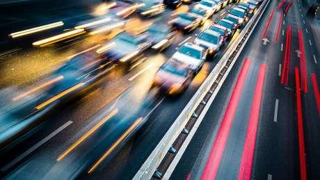 Para a OMS, o trânsito é fator crucial na poluição sonora