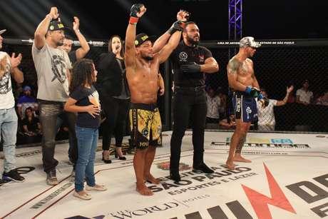 Marcos Babuíno venceu a luta principal do Thunder Fight 17 (Reprodução/Thunder Fight)