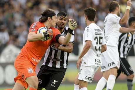 Goleiro Cassio durante Botafogo x Corinthians