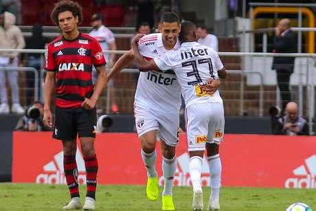 Helinho e Diego Souza