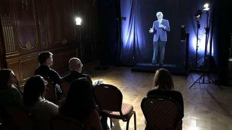 Alunos da universidade Imperial College, em Londres, vão ter aulas com 'professores holográficos'