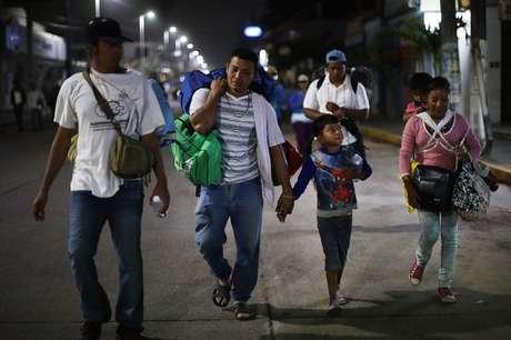 Migrantes rejeitaram o plano do presidente mexicano por considerar que não responde às causas do êxodo