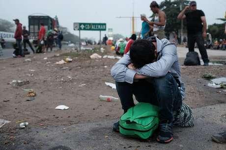 Número de migrantes centro-americanos em trânsito no México devem estar entre 5 e 8 mil pessoas