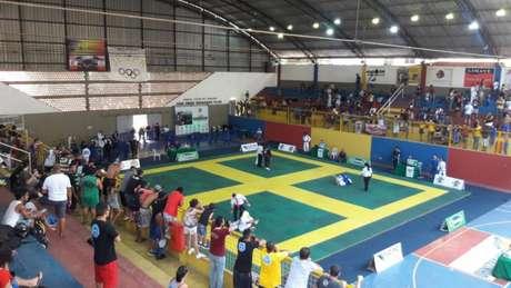 Sul Fluminense foi realizado em três etapas e coroou campeões com passagens internacionais(Foto: Divulgação)