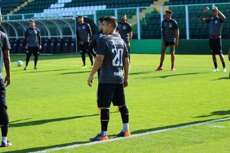 Renan Mota quer grande atuação diante do Guarani (Foto: Divulgação/Figueirense)