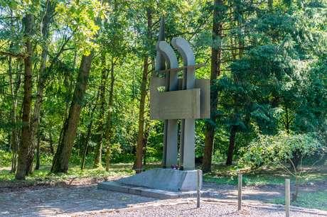 Monumento no campo de concentração de Stutthof, na Polônia