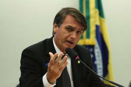 'O cara que ganhou a eleição agora, Bolsonaro, não é um cara honesto, a vida dele está cheia de compromissos e cumplicidade', diz o ex-ministro