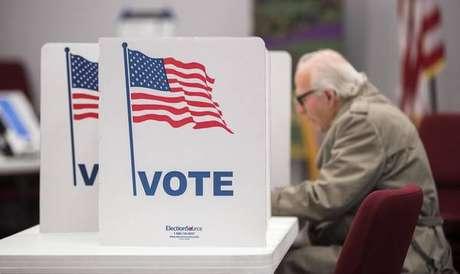 Eleições nos EUA têm comparecimento recorde.