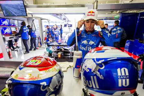 Música embala o trabalho dos mecânicos na Toro Rosso