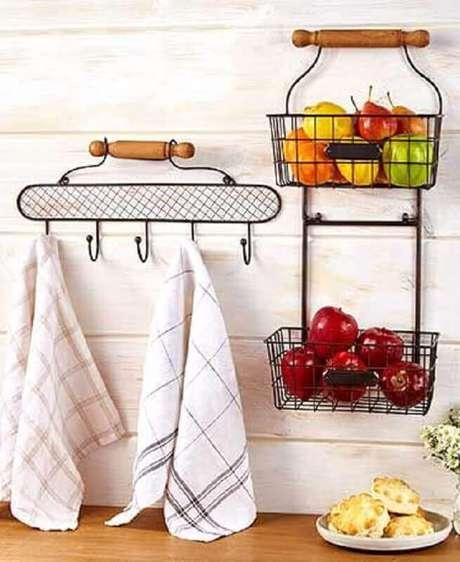 41. Modelos de aramados para decoração e organização de cozinha – Foto: Pinterest