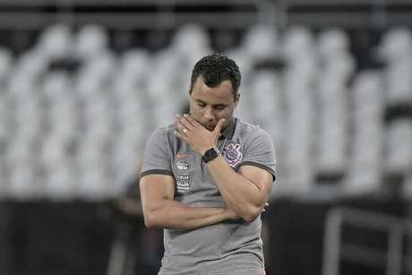 Jair Ventura assumiu o Corinthians há dois meses