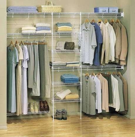 6. Modelo simples de closet aramado – Foto: Fashion Closet
