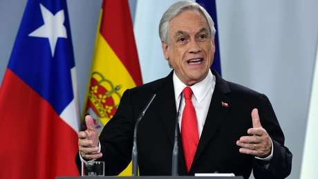 Sebastián Piñera presidente do Chile, foi um dos primeiros a parabenizar Bolsonaro e convidou-o a visitar seu país