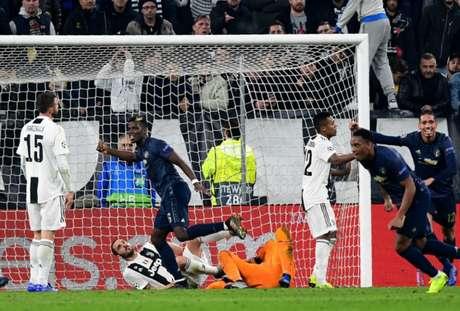 United comemora resultado positivo fora de casa (Foto: AFP)