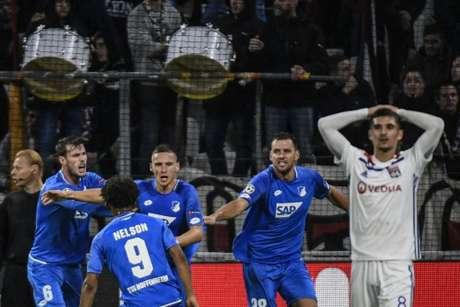 Hoffenheim chegou ao empate nos acréscimos (Foto: Jeff Pachoud / AFP)