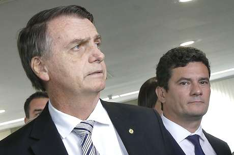 Presidente da República eleito, Jair Bolsonaro (PSL), e o juiz Sérgio Moro (d), futuro ministro da Justiça do governo Bolsonaro, em encontro com o presidente do Superior Tribunal de Justiça (STJ), João Otávio de Noronha, nesta quarta-feira, 07, no STJ, em Brasília (07/11/2018)