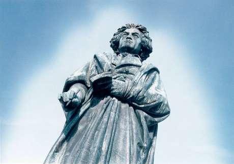 Estátua de Beethoven em Bonn: aniversário de 250 anos do compositor será celebrado até 2020