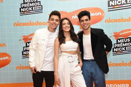 Maia Reficco, Alex Hoyer e Lalo Brito comparecem ao Meus Prêmios Nick 2018.