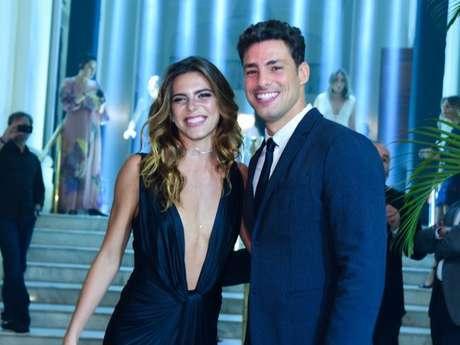 Mariana Goldfarb comemora namoro com Cauã Reymond: 'Feliz da gente estar de volta'
