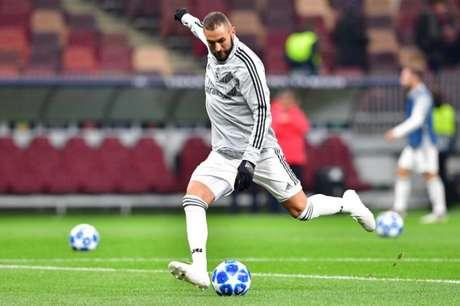 Benzema marcou dois gols na vitória do Real Madrid, nesta quarta-feira, sobre o Viktoria Pilsen (Foto: Mladen Antonov / AFP)